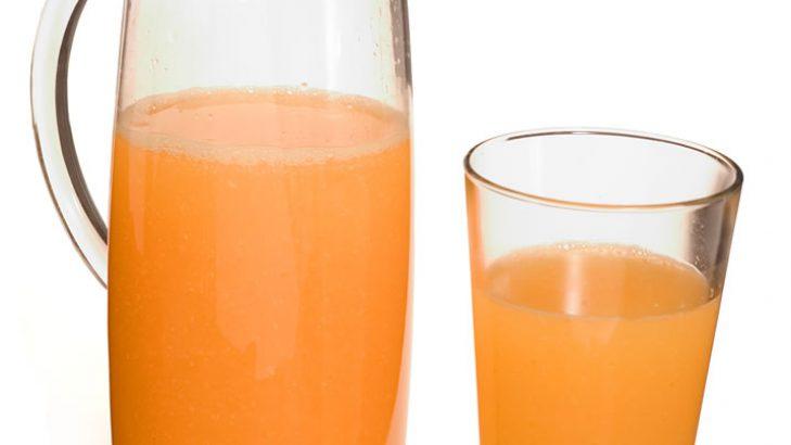 Foto de: Refresco de casca de mamão com laranja