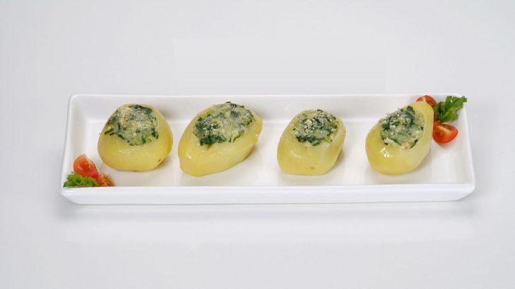 Foto de: Batatas recheadas com folhas de nabo