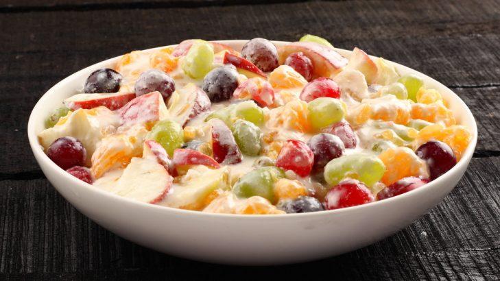 Foto de: Salada de frutas com creme de Jatobá